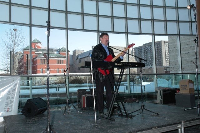 Terry Kelly Performs at Ottawa City Hall