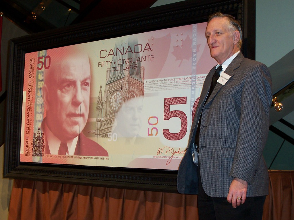 Harold with the New Polymer $50 Bill